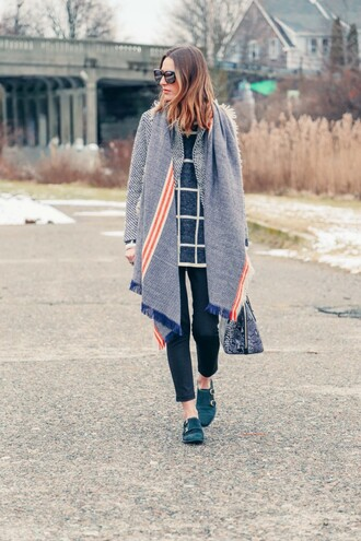 prosecco and plaid blogger blanket scarf checkered cropped pants