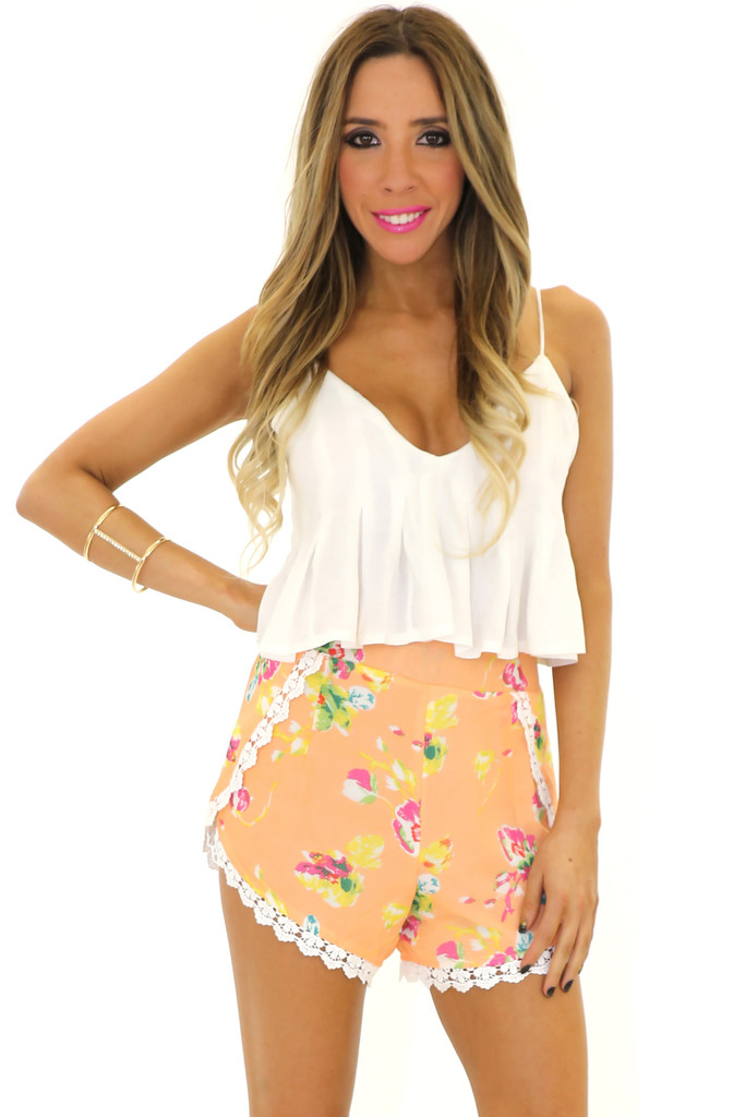 HUNTER LACE TRIM FLORAL SHORTS | Haute & Rebellious