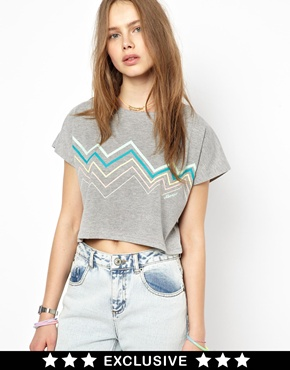 ELLESSE | Ellesse Crop T-Shirt Exclusive To Asos at ASOS