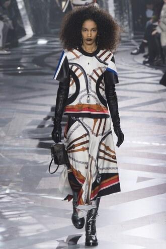 skirt top print fashion week 2016 paris fashion week 2016 louis vuitton runway model blouse two piece dress set two-piece louis vuitton bag