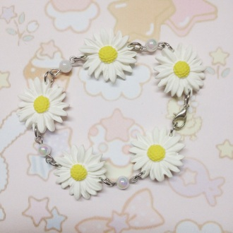 jewels daisy flowers cute kawaii bracelets pearl handmade hippie white accessories summer hippie jewelry pastel goth