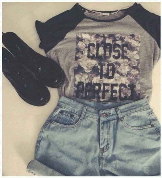 shoes shorts t-shirt