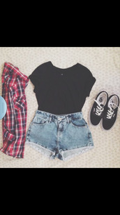 shorts,tumblr,outfit,hipster,vans,modern,plaid,cute,blouse,shoes,shirt,jacket,t-shirt,sweater,checkered top,High waisted shorts,black crop top,black vans,skater