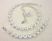 jewels,siggy,swarovski,clear crystal,necklace,fancy necklace,Swarovski jewelry set,chunky necklace,large stone,wedding accessories,bridal jewelry,shimmering,sparkle,bling,siggy jewelry,designer jewelry