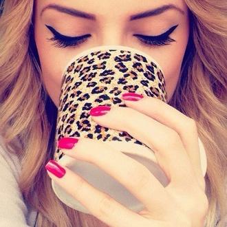 make-up mug leopard print
