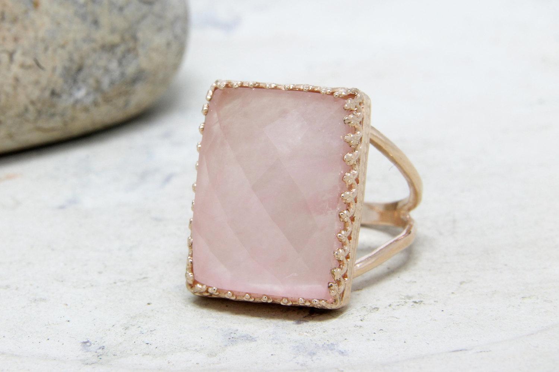 20% OFF - rose quartz ring,large cocktail ring,rectangular ring,rose gold ring,statement ring,gemstone ring,love ring,lovers ring
