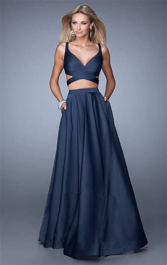 dress prom dress long prom dress two-piece blue dress blue crop top blue crop top and skirt blue skirt two piece prom dresses criss cross back navy dress long skirt
