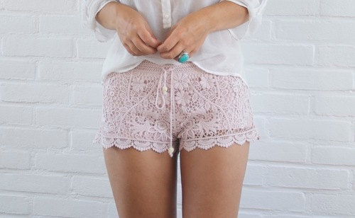 Crochet pink shorts size EUR38 US8 UK10 new with tag by ChicUtopia