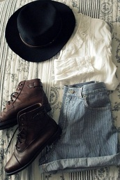 shorts,stripes,blue,white,cute,vintage,fall outfits,winter outfits,hipster,shoes,blouse,high rise,denim,boho,indie,top,hat,shirt,stripy shorts,top hat,boots,booties,walk with confidence