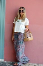 pants,wide-leg pants,beach,summer pants,casual,casual pants,comfy pants,comfy,white shirt,big sunglasses,hippie,printed pants,beach pants,bohemian,bag,shirt,boho,colorful
