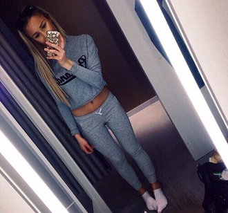 leggings grey sweatpants grey pants pants grey grey sweater cozy nice