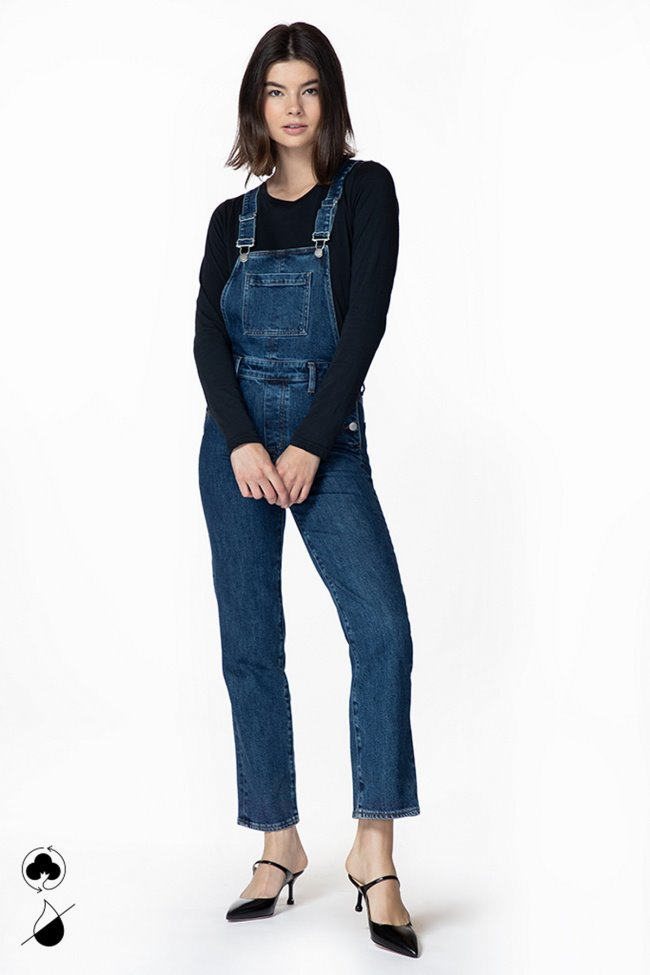 Jules Overall In Romance