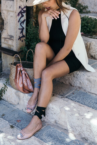 shoes white vest tumblr flats ballet flats dress mini dress black dress vest bag straw bag jewels
