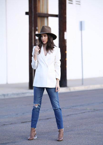 inspades blogger t-shirt jacket jeans shoes jewels