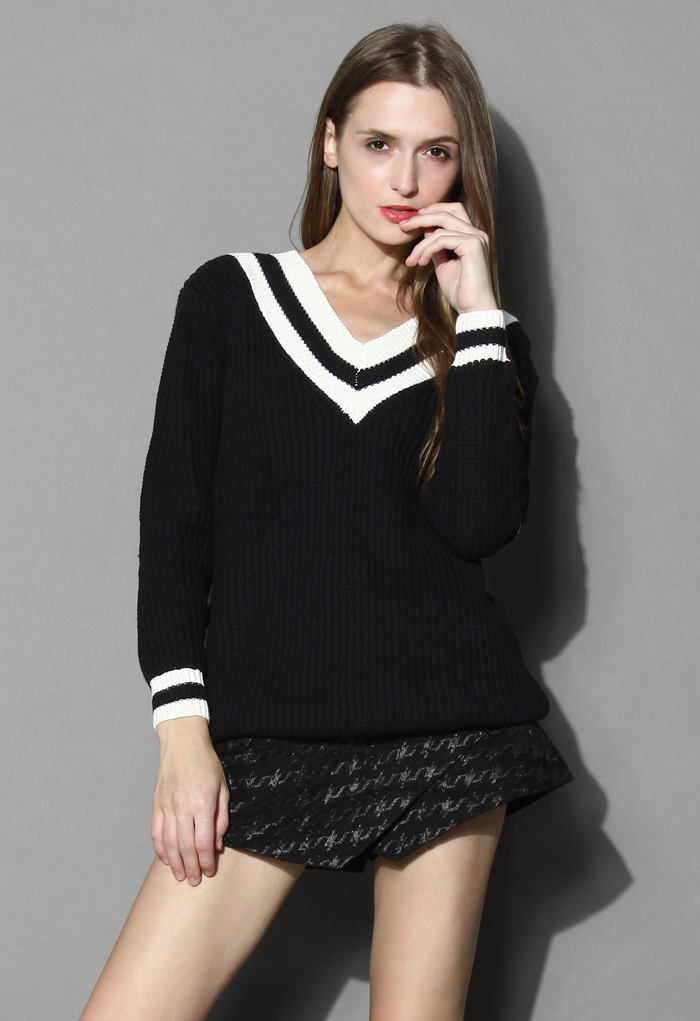 Contrast Deep V-Neck Sweater in Black - Retro, Indie and Unique Fashion