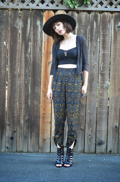 shoes printed pants blogger a fashion nerd jewels top aztec pattern crop tops bralette necklace sandals high heels hipster
