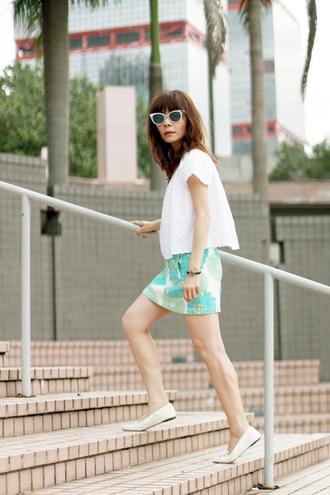 mochaccinoland blogger patterned skirt white top spring skirt zara