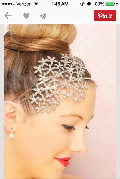 jewels hair accessories hair bow hairstyles hair band blonde hair bun hairstyles hair updo white flowers floral headband diamonds