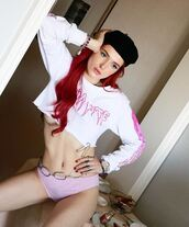 sweater,sweatshirt,top,white,pink,bella thorne,instagram