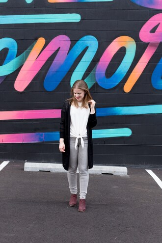 somethinggood blogger cardigan t-shirt shoes bag jewels ankle boots tie-front top fall outfits