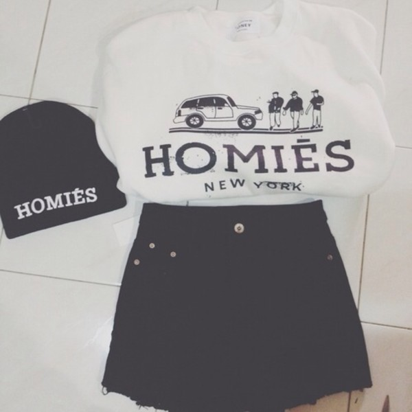 t-shirt shorts hat