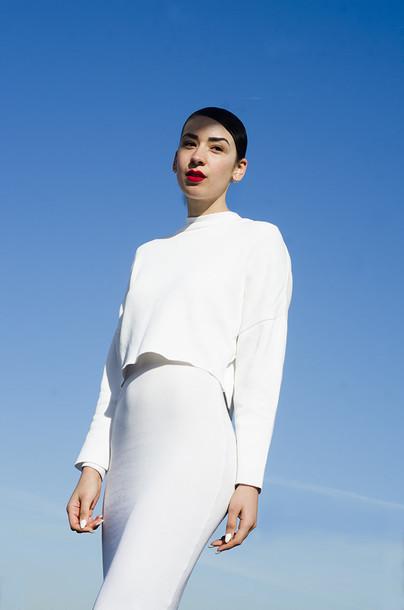 fashion nerdic blogger white white dress minimalist jewels dress skirt top