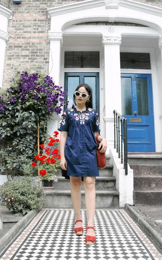 zebratrash blogger dress shoes bag sunglasses blue dress mini dress sandals summer dress summer outfits