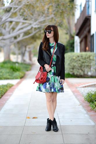 m loves m blogger sunglasses red bag leather jacket patterned dress
