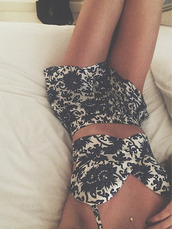 top,lauren elizabeth,lovelaurenelizabeth,two-piece,coordinated,shorts,pattern,skirt,tank top,brand,colorful,material,jumpsuit,dress,two piece dress set,floral,floral two piece set,clothes,black and white,romper,separated romper,flowers,t-shirt,summer outfits,summer romper,casual,girly,tumblr romper