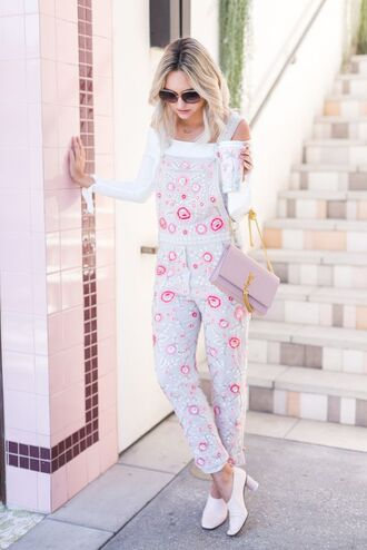 jumpsuit tumblr overalls white shoes dungarees high heels heels shoes top white top off the shoulder off the shoulder top spring outfits bag pink bag