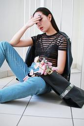elle victoire,blogger,black bra,see through,striped top,mom jeans