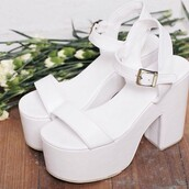 shoes,platform shoes,white platforms,70s style
