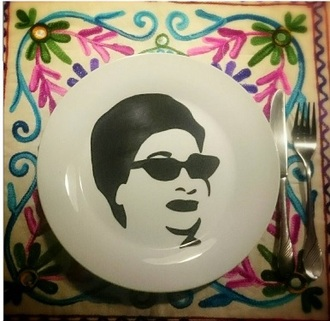 home accessory plates arabic umm kalthoum retro iconic handpainted arabic calligraphy arabic style