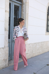 seams for a desire,blogger,white blouse,red pants,pink,flare pants,grey bag,mini bag,pink heels