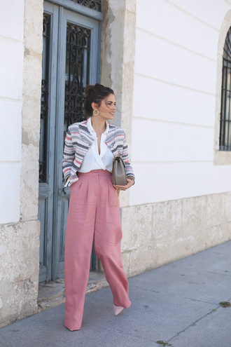 seams for a desire blogger white blouse red pants pink flare pants grey bag mini bag pink heels