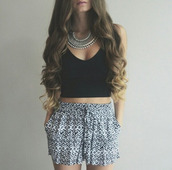 shorts,crop tops,High waisted shorts,black crop top,jewels,necklace,jewelry,silver,silver necklace,silver jewelry,summer top,summer outfits,summer out,summer shorts,top