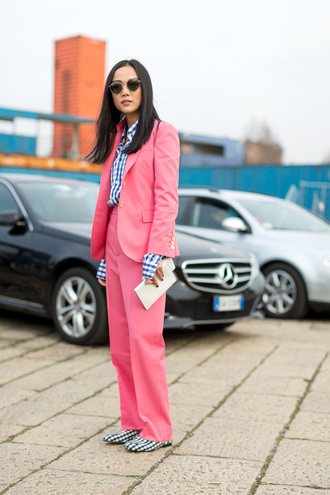 pants power suit two piece pantsuits pink pants high waisted pants matching set streetstyle blazer pink pink blazer checkered shirt checkered shoes sunglasses spring outfits