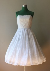 dress,white,white dress,perfect,perfection,i need i now,vintage,beautiful,clothes,desperately,desperately searching,strapless dress
