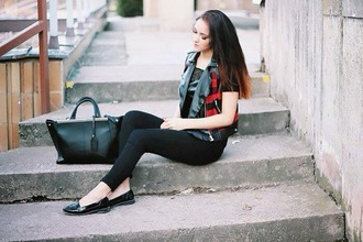 leona meliskova blogger bag slippers vest black jeans