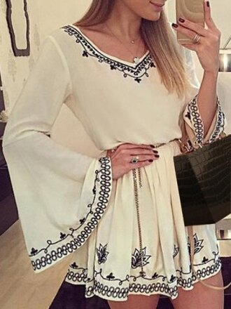 dress boho gypsy summer white cute pretty short dress long sleeves romantic