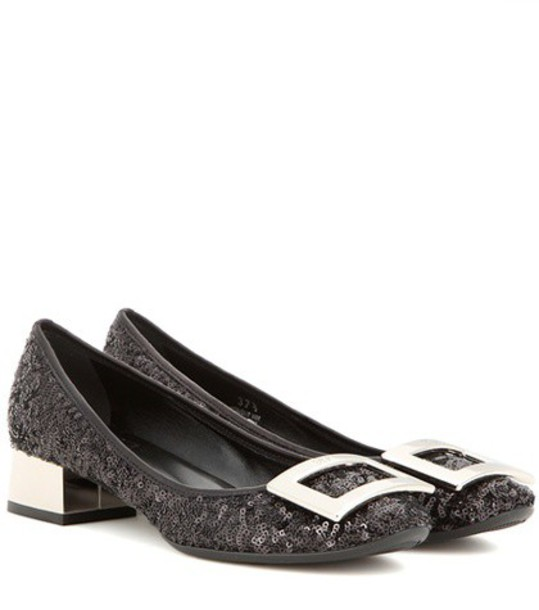 Roger Vivier pumps black shoes