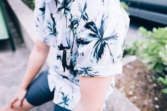 shirt menswear mens t-shirt mens shirt hawaiian shirt hawaiian looking hawaiian