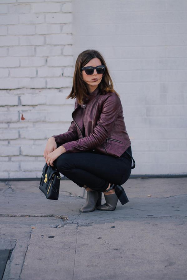 take aim blogger jacket jeans sunglasses
