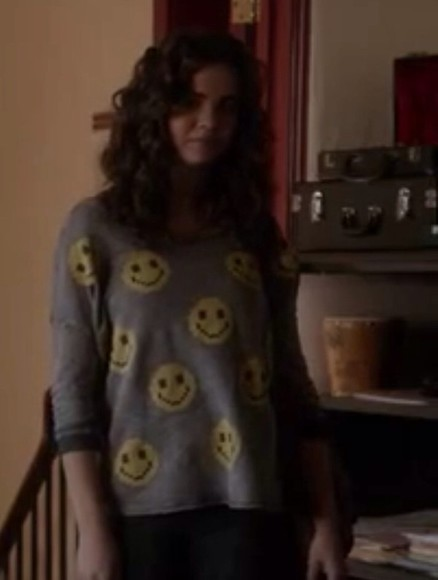 sweater smiley face gray sweater yellow callie the fosters yellow smiley shirt
