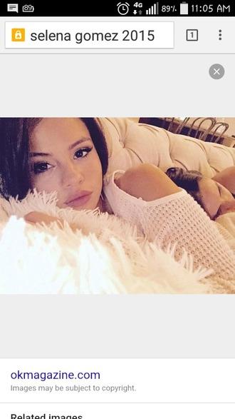 make-up selena gomez white sweater knit fluffy