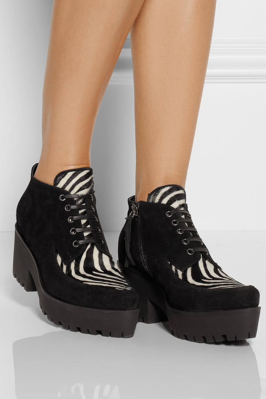 Fugly Shoe Trends - ChiCityFashion: The Chicago Fashion Blog