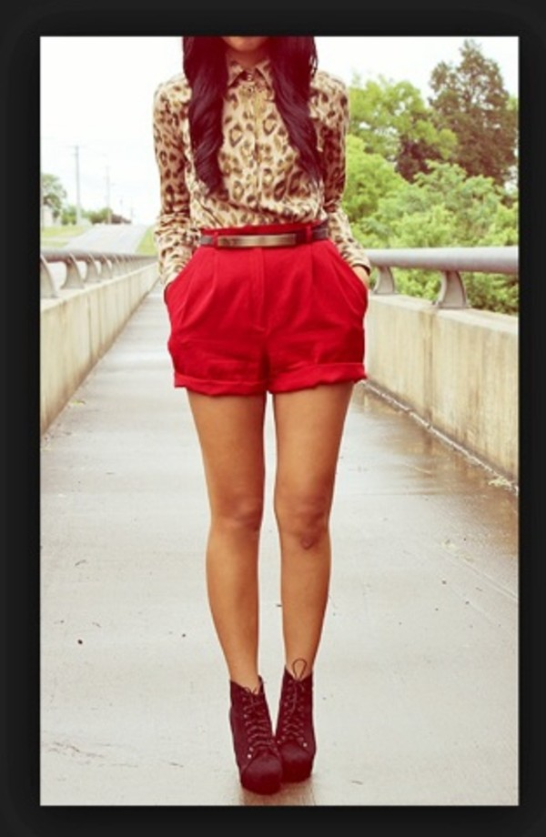 blouse leopard print light brown shorts red cut off shorts High waisted shorts gold belt high heels shoes