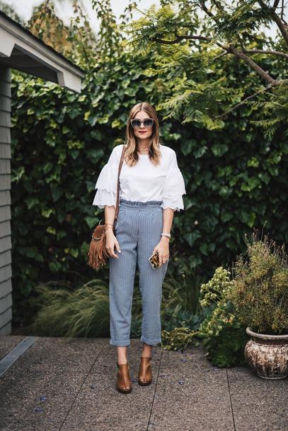 t-shirt ruffle sleeves blogger blogger style gingham gingham eyelet top open toe bootie fringed bag crossbody bag