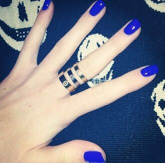 jewels ring cartier kylie jenner jewelry nail polish silver gold silver ring gold ring jewelry
