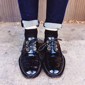 shoes luanna perez le happy drmartens grunge soft grunge shoes black grunge flat pastel grunge grunge shoes 90s grunge girly grunge alternative alternative rock indie indie rock hipster